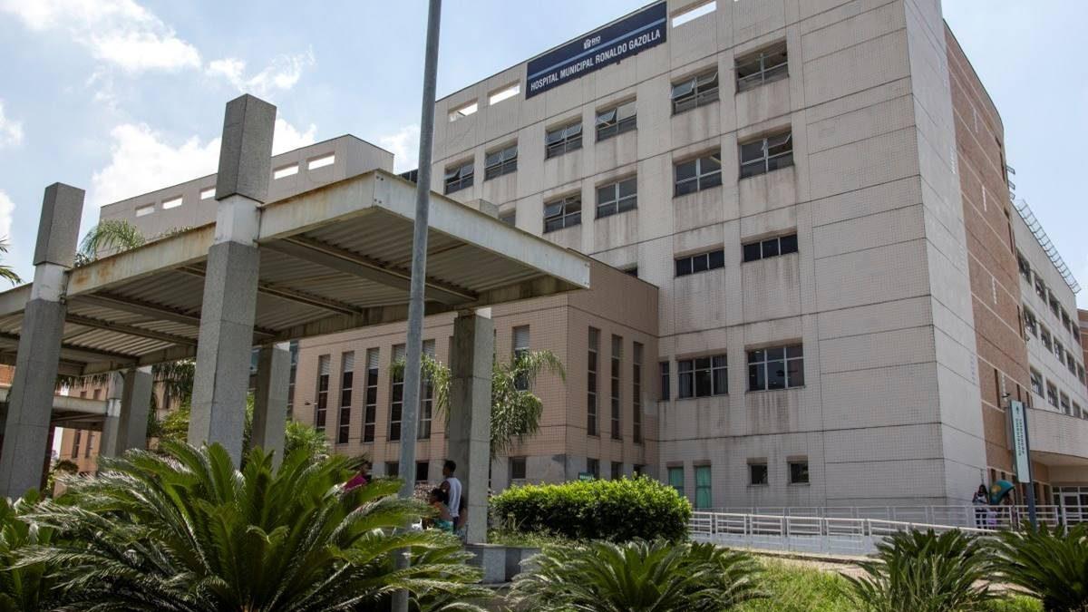 Após fala presidencial nas redes, arruaceiros invadem e depredam hospital