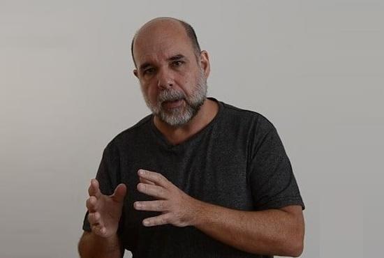 Deputados bolsonaristas divulgam fake news contra membro do PSOL morto por covid-19