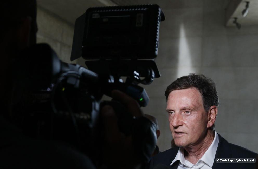 Crivella anuncia contingenciamento de até R$ 700 milhões no Rio