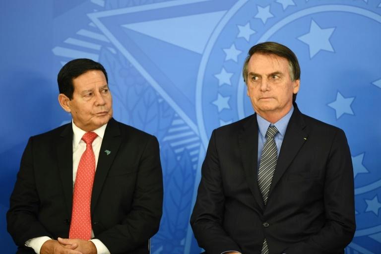 Processos para cassar chapa Bolsonaro-Mourão prolongarão a apreensão do Planalto até 2021