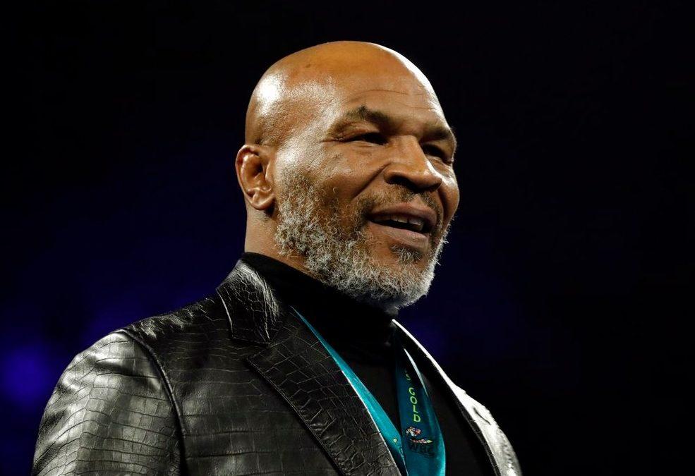 Aos 54 anos, Mike Tyson retorna aos ringues para luta de exibição
