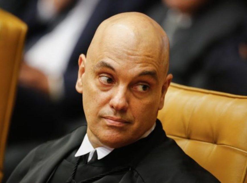 Alexandre de Moraes estende bloqueio de perfis de bolsonaristas ao exterior