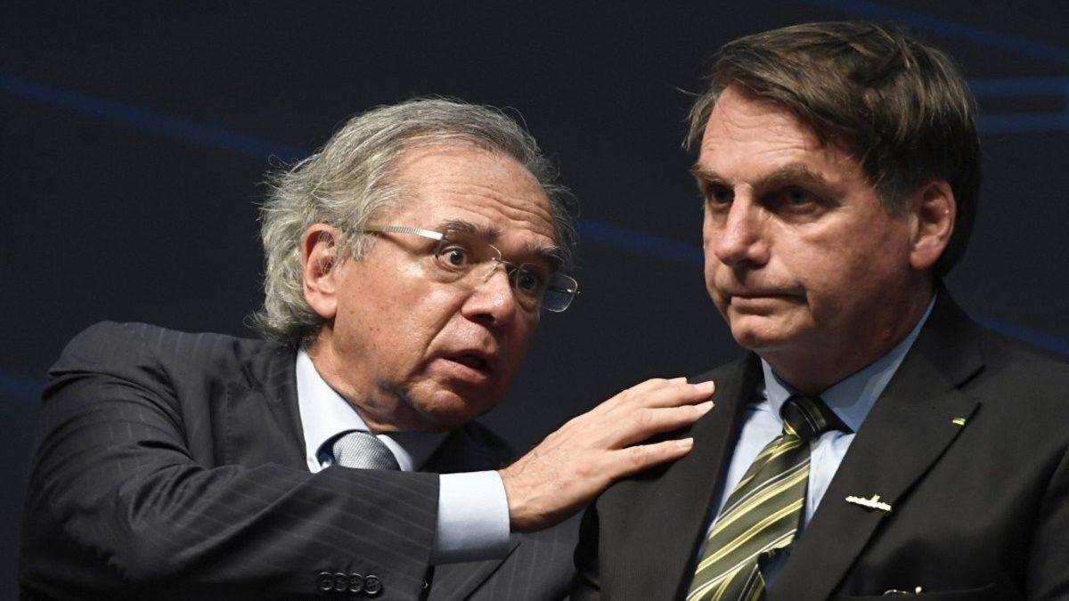 Bolsonaro assina MP que reinstitui Programa Emergencial de Manutenção do Emprego e da Renda