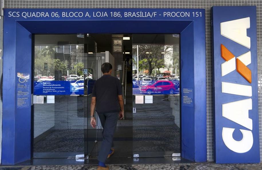 Caixa credita hoje auxílio para mais de 4 milhões de beneficiários; Agências passam a funcionar das 8h às 13h