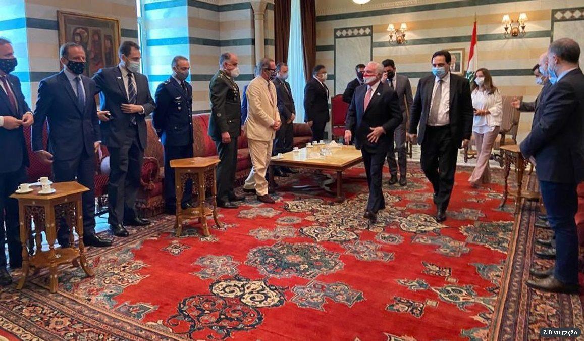 Temer se encontra com primeiro-ministro interino do Líbano