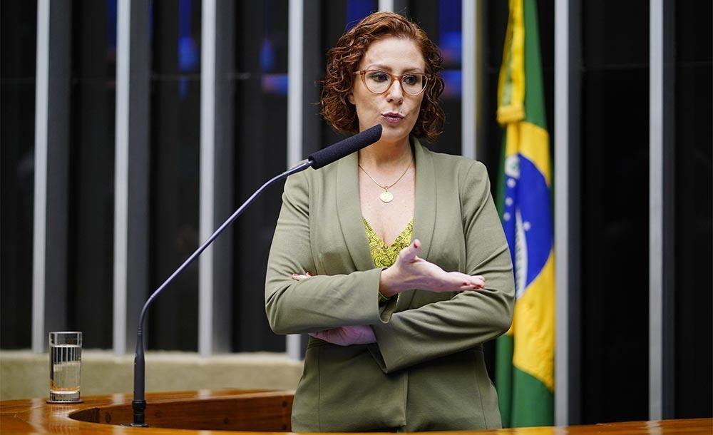 Governo dispensa bolsonaristas e contempla deputados do Centrão em série de substituições na Câmara