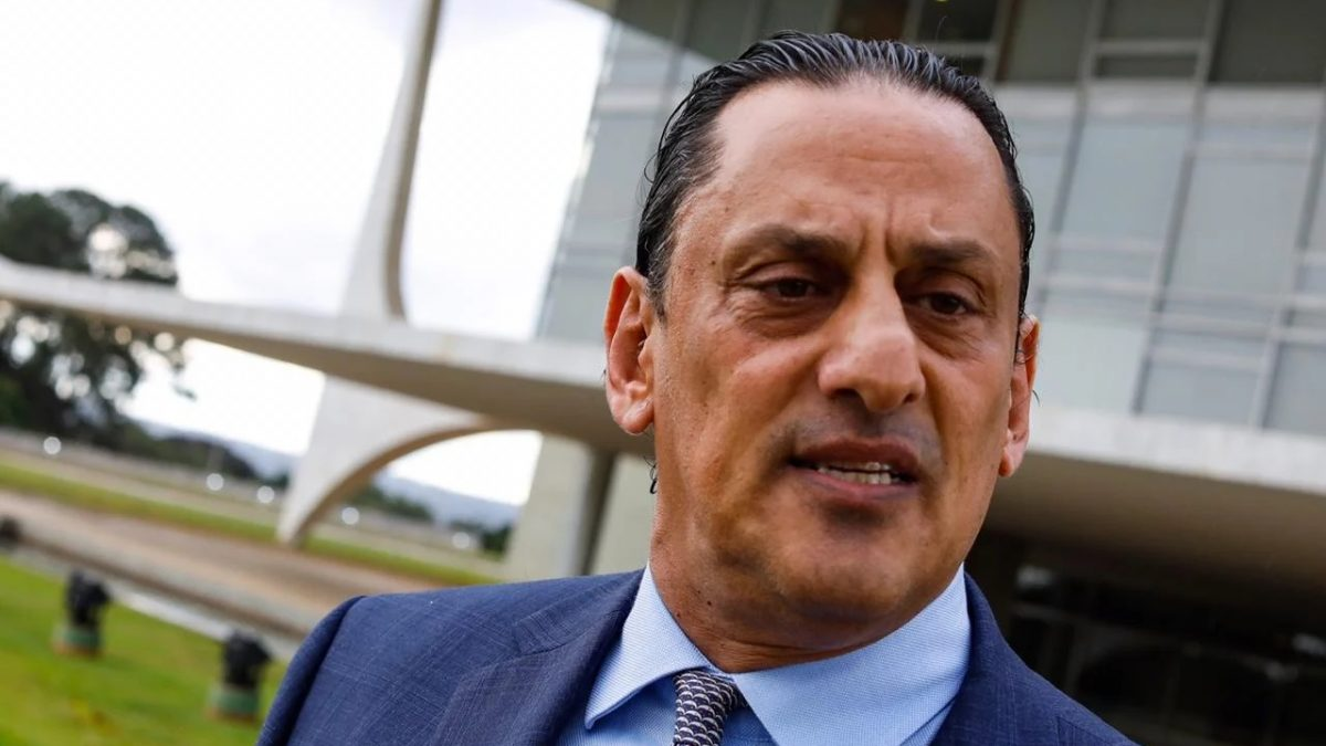 MPF denuncia Wassef e mais quatro por lavagem de dinheiro e peculato em investigação sobre desvios no Sistema S