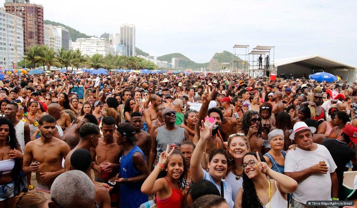 Carnaval do Rio de Janeiro em 2021 é definitivamente adiado