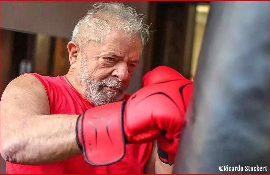 """O ex-presidente Lula é um """"inimigo"""", que resiste, merece ser """"combatido"""""""