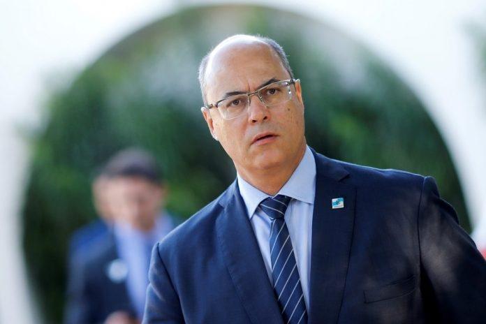 Pesquisa mostra que 79% dos cariocas são a favor do impeachment de Witzel
