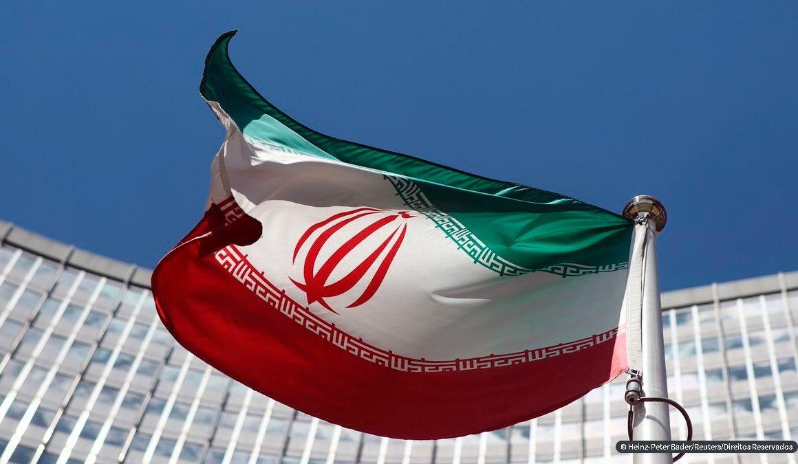 Atletas pedem Irã fora de competições em caso de execução de lutador