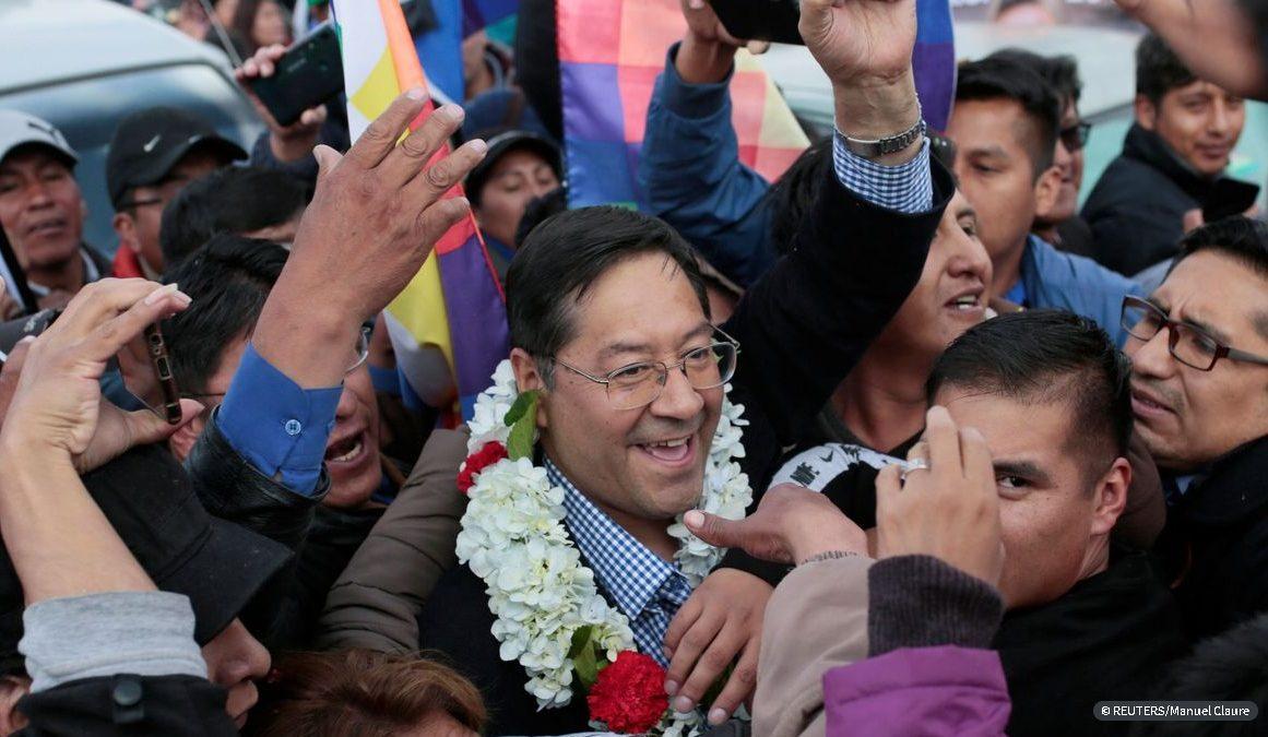 Luis Arce assume vitória na Bolívia antes do resultado oficial
