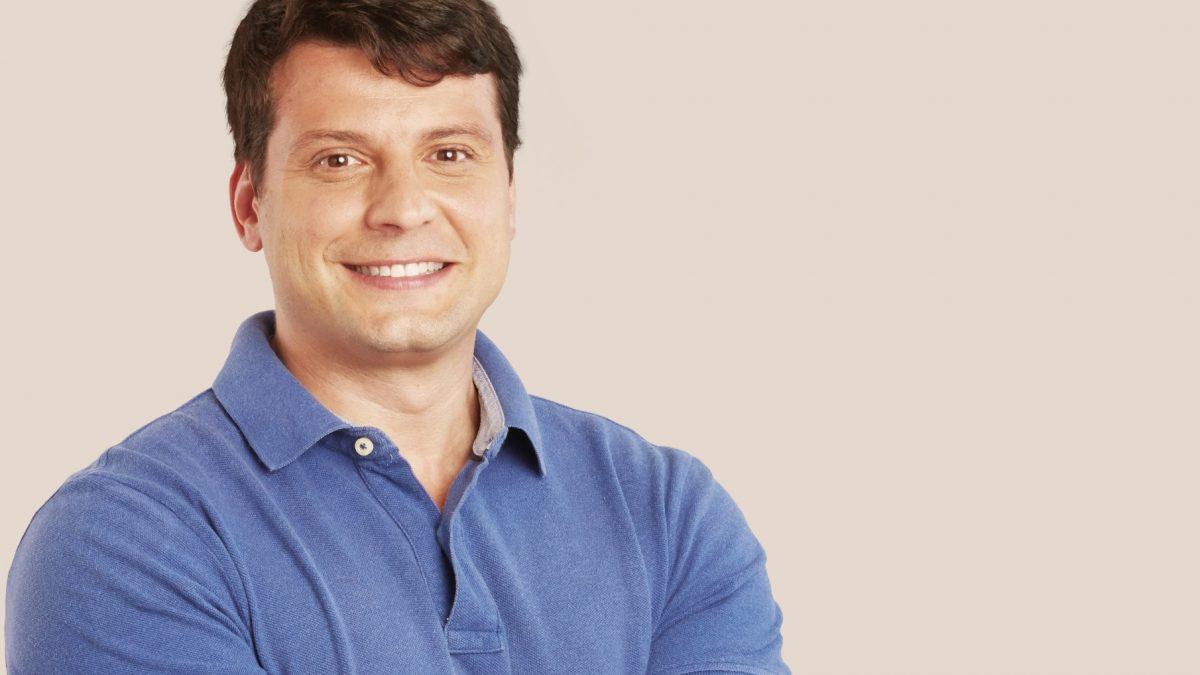BERNARDO ROSSI: Sou candidato novamente, porque amo Petrópolis e também porque nesses quatro anos de governo avançamos muito, cuidando da nossa cidade com muita responsabilidade