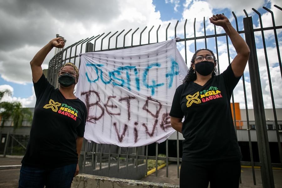 Nota Pública: MODECON repudia assassinato de João Alberto Silveira Freitas