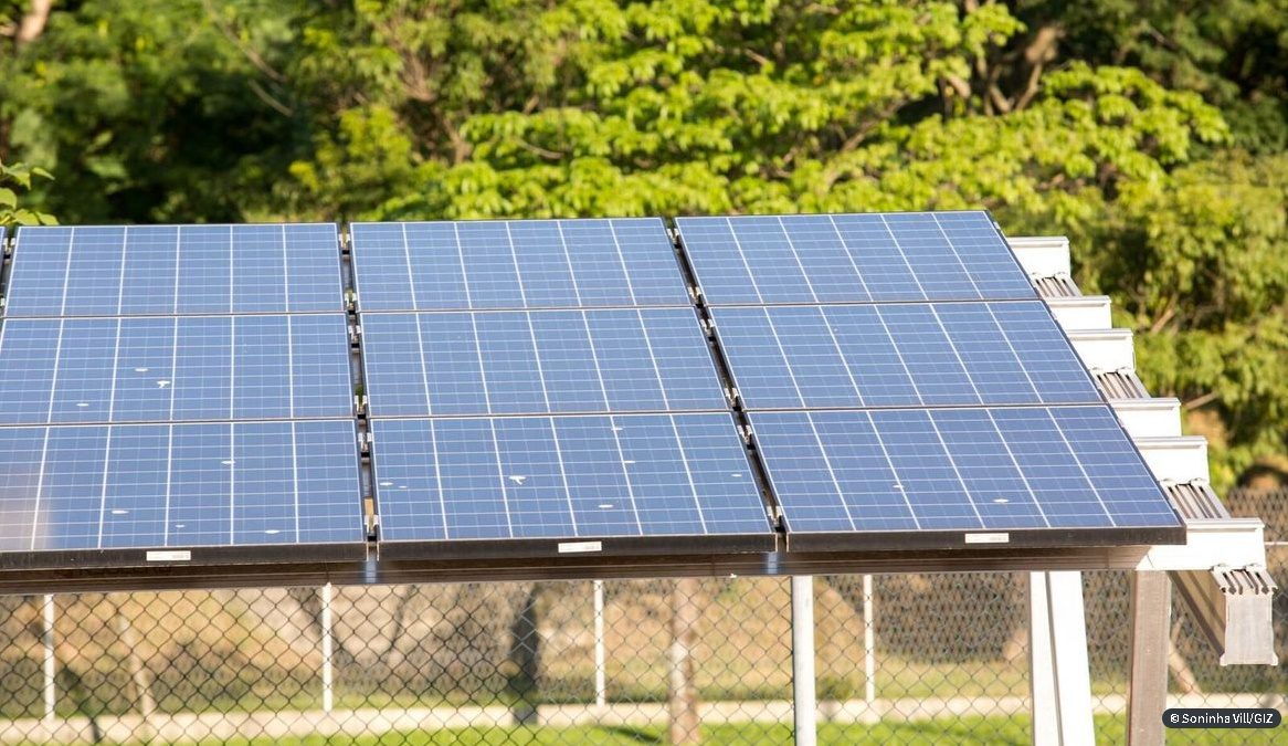Furnas contrata energia solar por 15 anos; investimentos é de R$ 4 bi