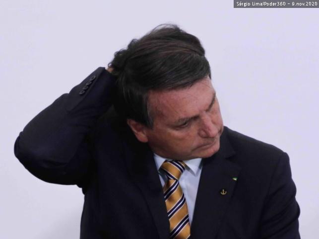 Bolsonaro apaga do Facebook pedido de voto a Russomanno, Crivella e outros