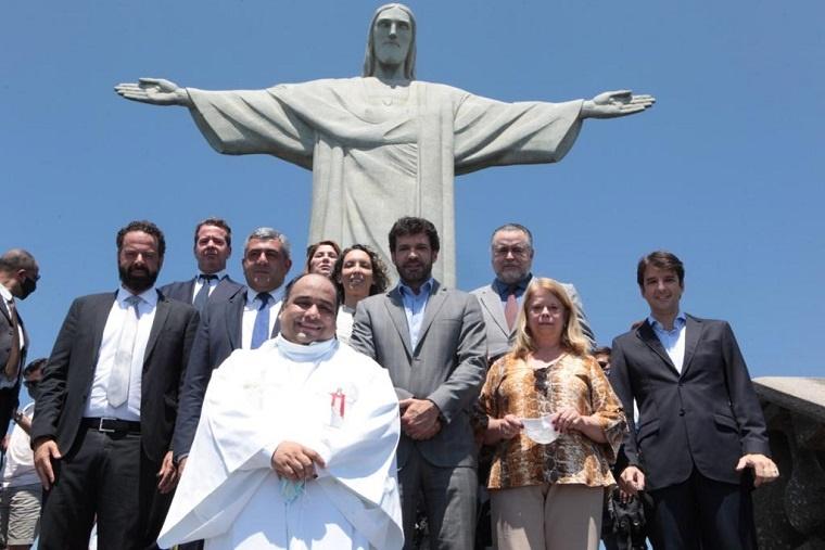 Aos pés do Cristo, ministro e secretário-geral da OMT reafirmam retomada do turismo no Brasil