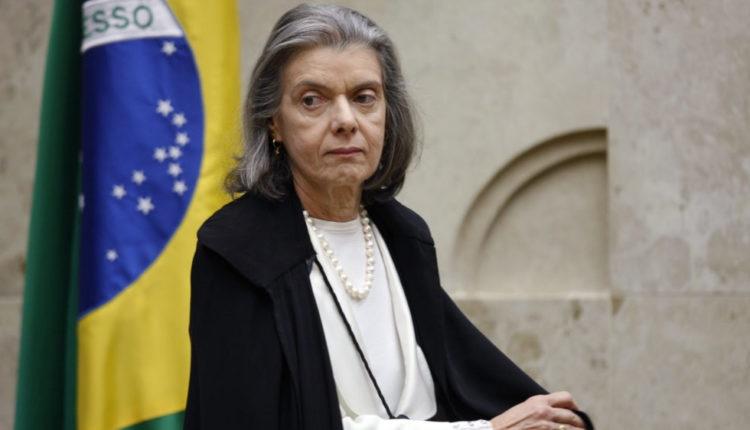 Cármen Lúcia pede que PGR investigue Abin por possível favorecimento a Flávio
