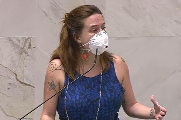 SP: Deputada é apalpada e denuncia colega por importunação sexual