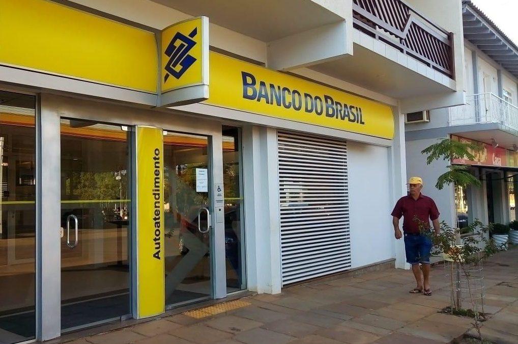 Desmonte do Banco do Brasil, para justificar a privatização, começou na gestão anterior