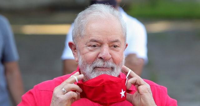 """Lula critica Fachin por não reagir publicamente a tuíte de Villas Bôas em 2018: """"Por que se acovardou na hora?"""""""