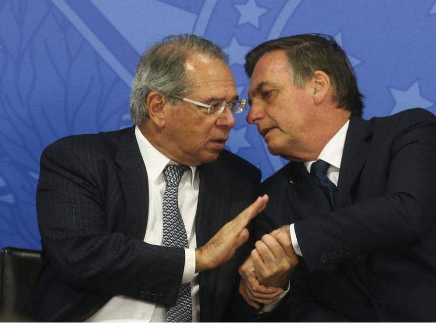 Guedes minimiza declaração de que 'o Brasil está quebrado' por Bolsonaro e diz que referência foi ao setor público
