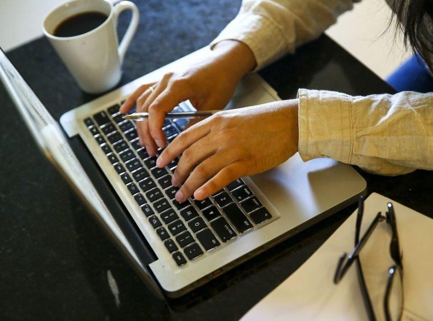 Excesso de trabalho e pandemia podem desencadear Síndrome de Burnout