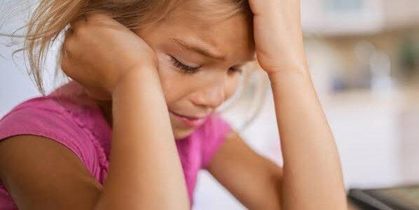 10 dicas para proteger o emocional das crianças no ensino híbrido