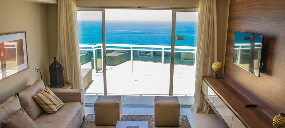 Brisa Barra Hotel é garantia de relaxamento e bem-estar, todas as acomodações dispõem de varanda com vista mar