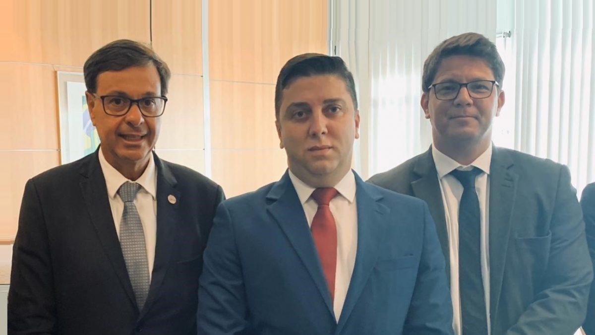 Presidente da Associação das Cidades Históricas de Minas Gerais, Wirley Reis, se reúne em Brasília com o Ministro do Turismo Gilson Machado Neto
