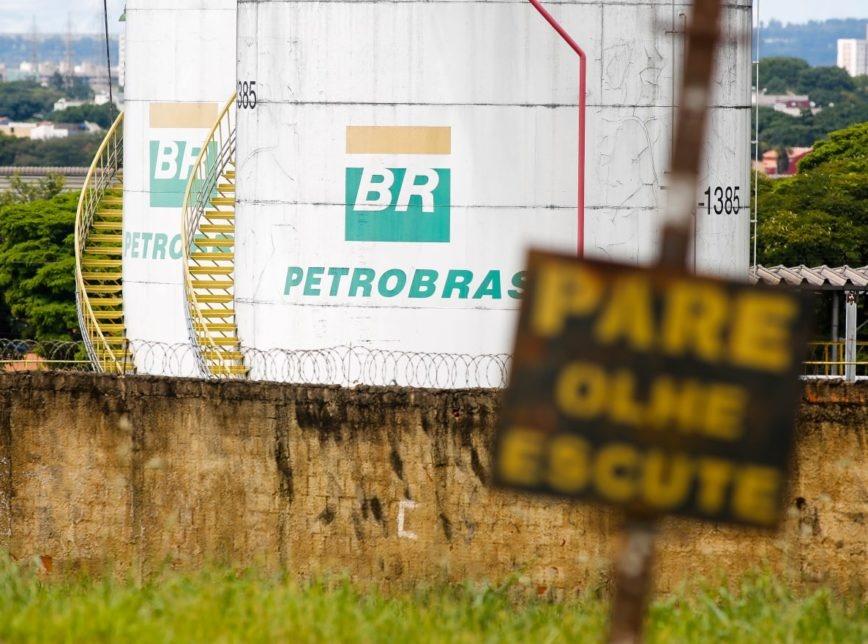 Desmonte da Petrobrás gera desnacionalização, com avanço acelerado de estrangeiras em setores estratégicos
