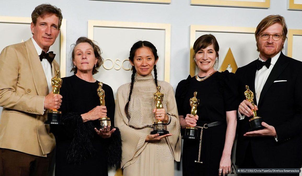 Nomadland – Sobreviver na América leva 3 principais prêmios do Oscar