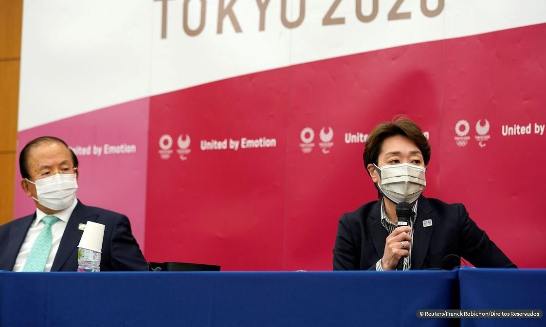 Organizadores cogitam Tóquio sem torcida em meio a ceticismo público; Atletas farão exames diários