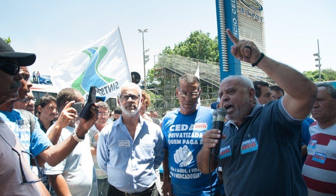 """Leilão da Cedae arrecada R$ 22,6 bilhões; """"A guerra não terminou, seguimos na resistência pela Cedae"""", afirma o presidente do Sintsama-RJ"""
