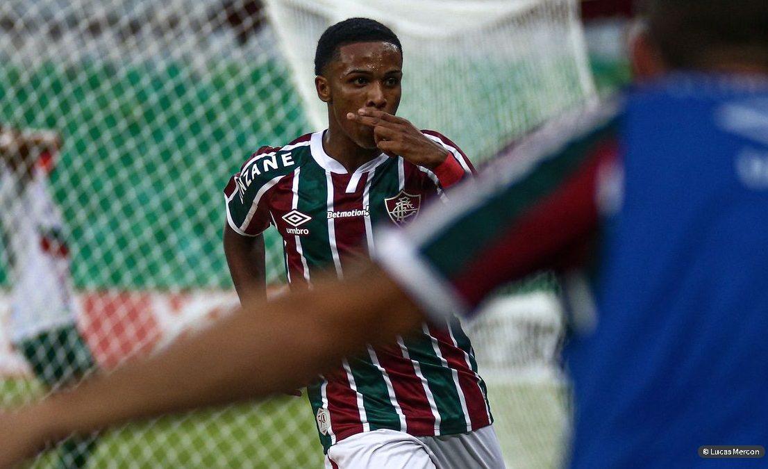 Fluminense derrota Portuguesa e confirma Fla x Flu na final do Cariocão