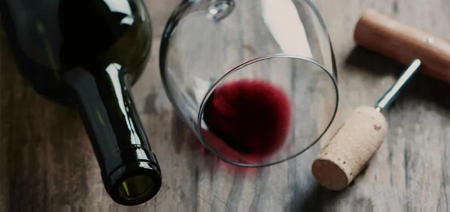 Com vinho o tempo passa devagar