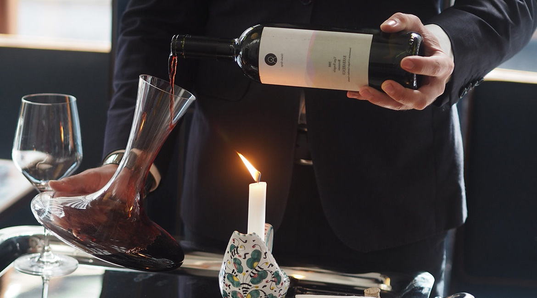 Decantar o vinho é um ato de amor!