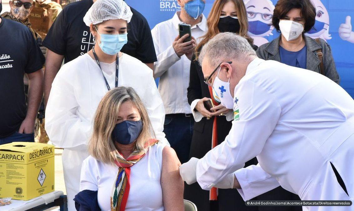 Queiroga diz que ministério estuda campanha de testagem contra covid
