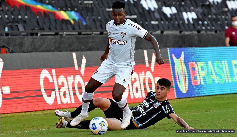 Brasileirão: Flu arranca empate com Corinthians; Gramado traiçoeiro ajuda e Juventude derrota Flamengo