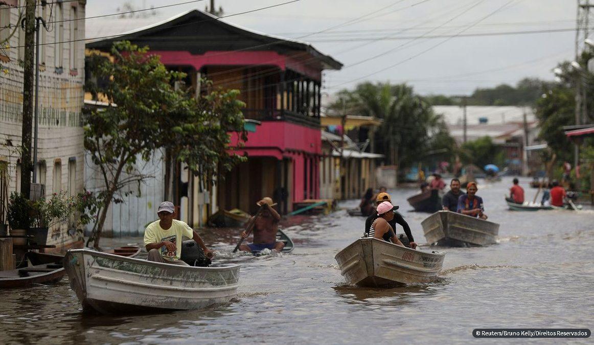 Nível do Rio Negro deve começar a baixar nas próximas semanas