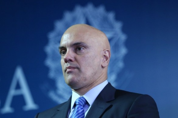 Alexandre prorroga inquérito sobre interferência de Bolsonaro na PF por 90 dias