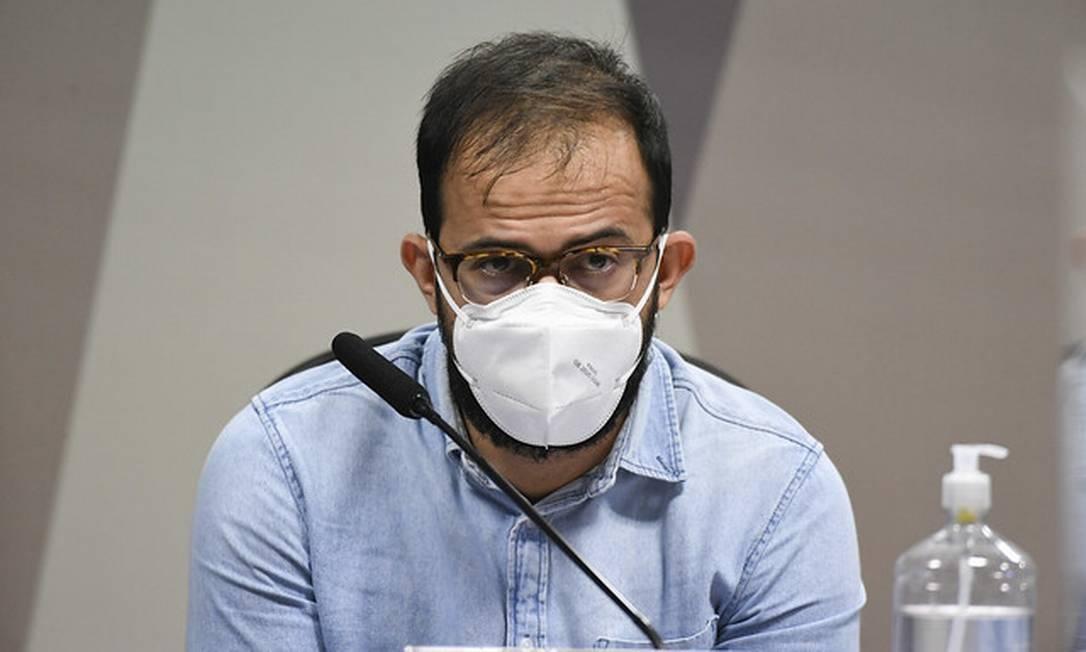 À CPI, servidor da Saúde diz que foi informado de propina paga a gestores por vacina Covaxin