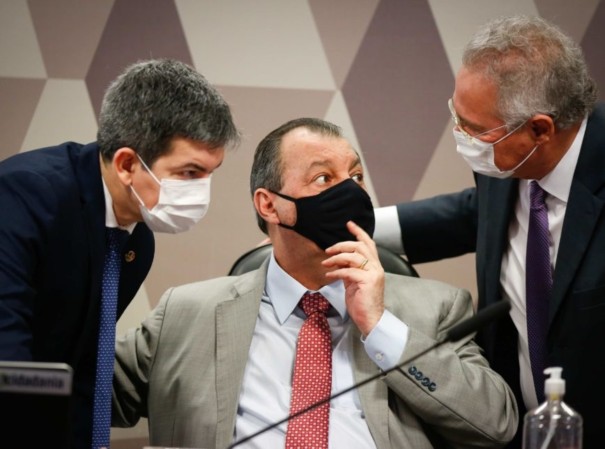 CPI: Bolsonaro confirma que se encontrou com Luís Miranda; 41 voluntários auxiliam na checagem de fatos