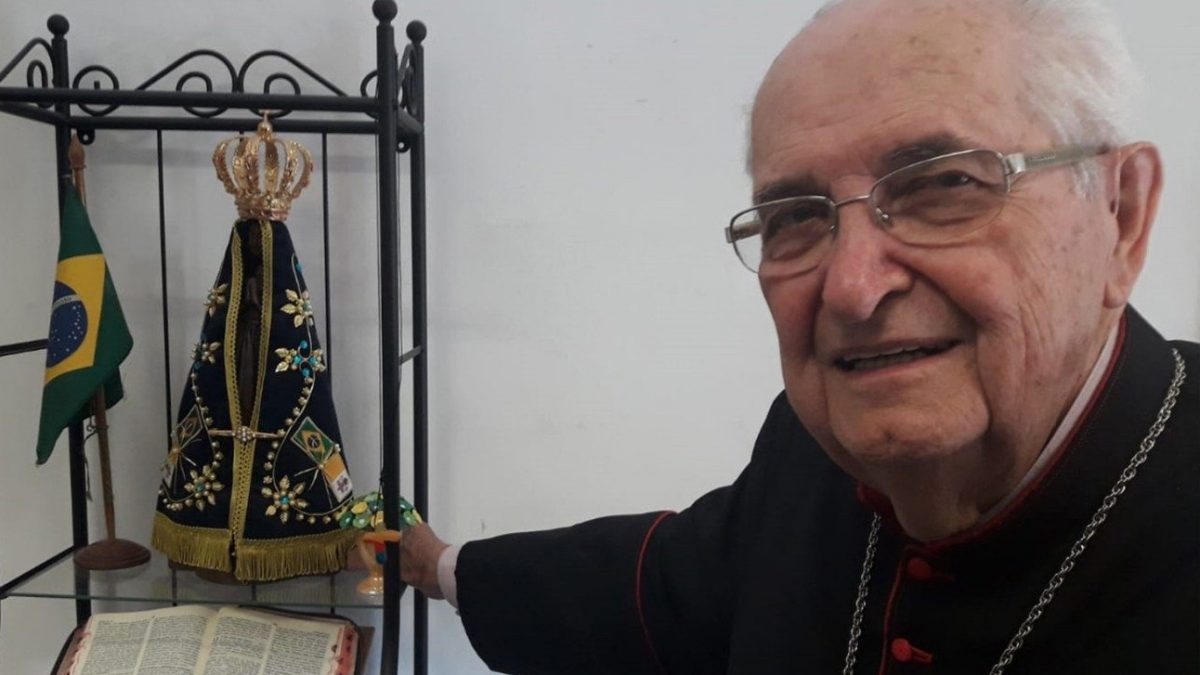 A Diocese de Duque de Caxias completa 40 anos: Viva Dom Mauro Morelli!