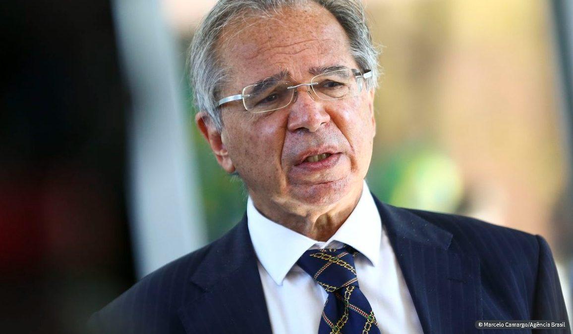 Guedes nega que Brasil esteja perdendo controle da economia