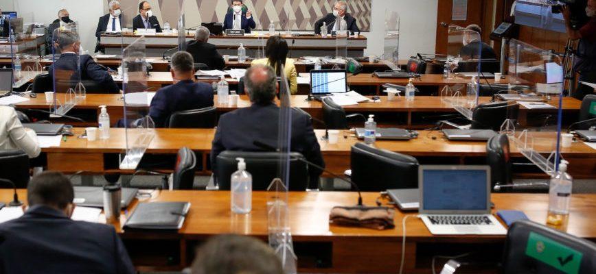 Sessão da CPI da Covid: trabalhos deixam um misto de satisfação e frustração, segundo o articulista. (Sérgio Lima/Poder360 - 3.ago.2021)