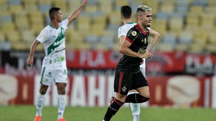"""Renato Gaúcho rasga elogios para Andreas Pereira após vitória do Flamengo: """"Diferenciado"""""""